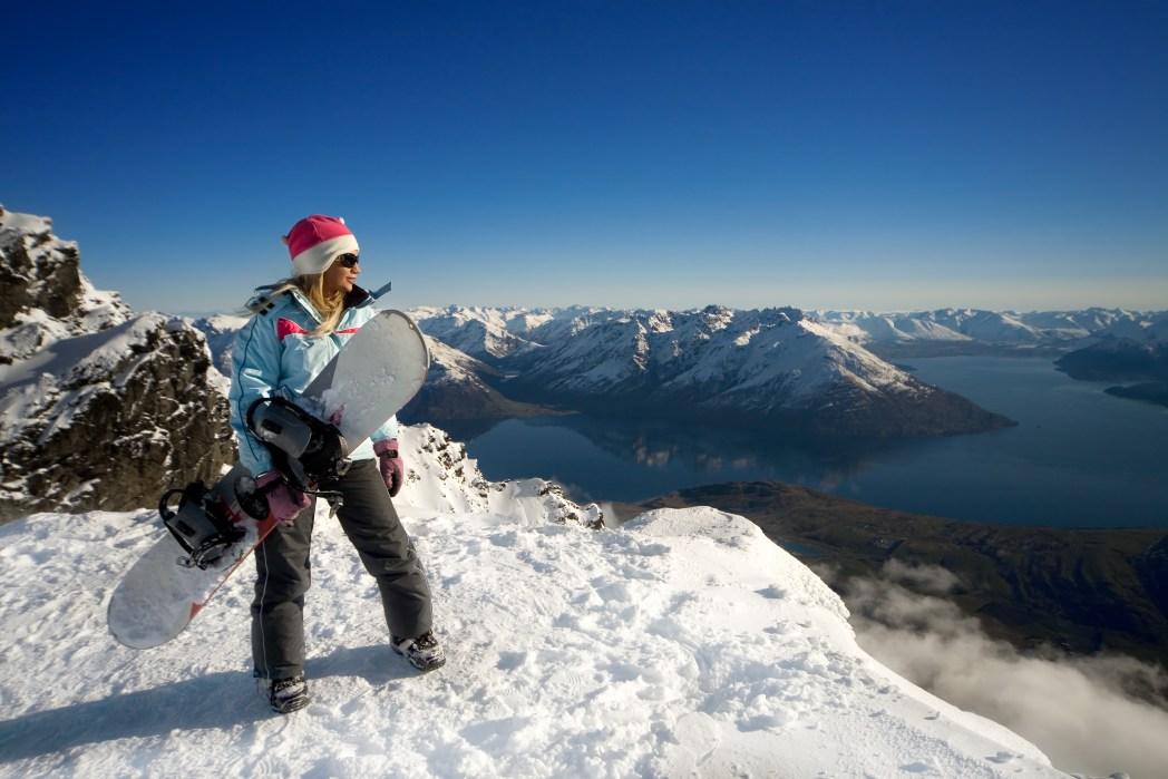 Skiing in the Craigieburn Valley, New Zealand