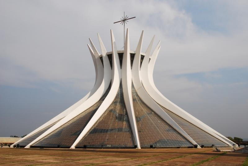 Minimalist silhouette of Cathedral of Brasília