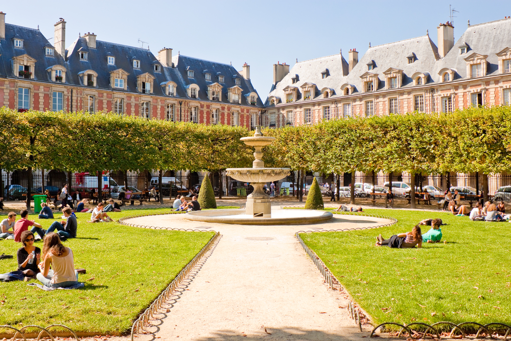 Top 5 places for budget shopping in Paris - Skyscanner Singapore