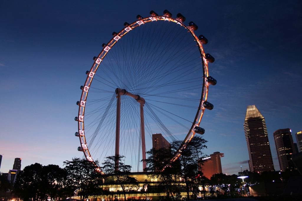 Take a ride on the Singapore Flyer for unobstructed views of New Year's Eve fireworks